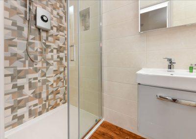 Room One Shower Hafod Abersoch