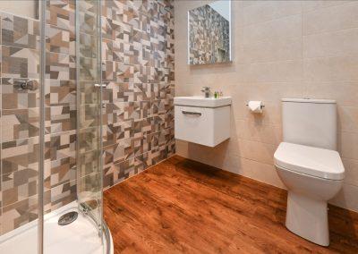 Room Two bathroom Hafod Abersoch